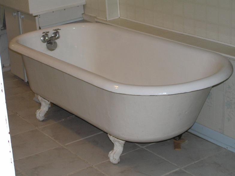 Lead Glazed Tub